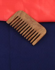 Get an Exclusive Collection of Latest Hair Comb Design Online.